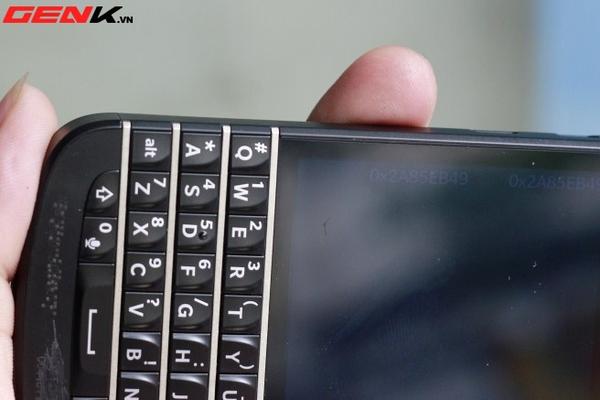 BlackBerry Q10 về Việt Nam: Màn hình vuông, bàn phím lớn nhất từ trước tới nay 27