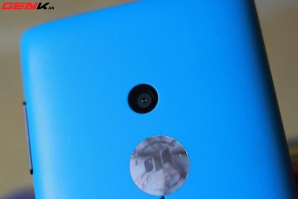 Đập hộp Nokia Lumia 520 chính hãng tại Việt Nam 10