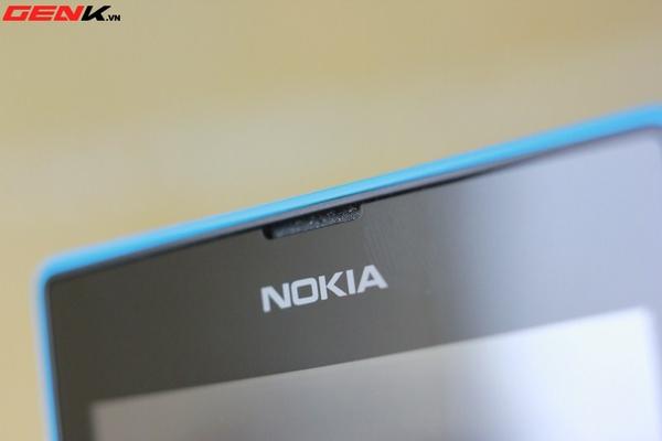 Đập hộp Nokia Lumia 520 chính hãng tại Việt Nam 12