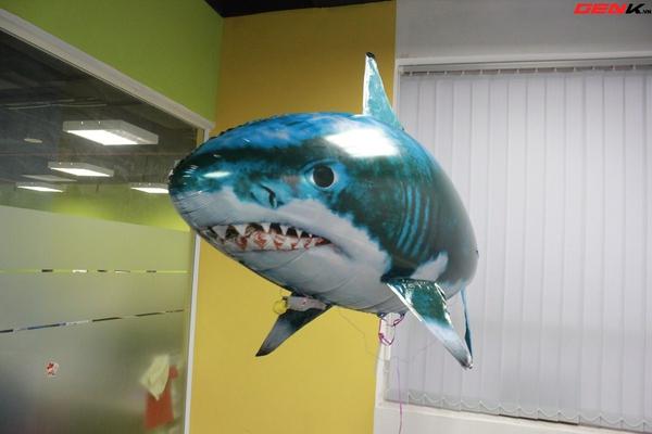 Cá mập bay: Món đồ chơi độc đáo cho người thích công nghệ 2