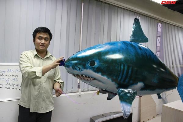 Cá mập bay: Món đồ chơi độc đáo cho người thích công nghệ 14