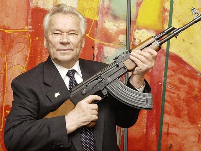 5 điều bất ngờ về cha đẻ súng AK huyền thoại