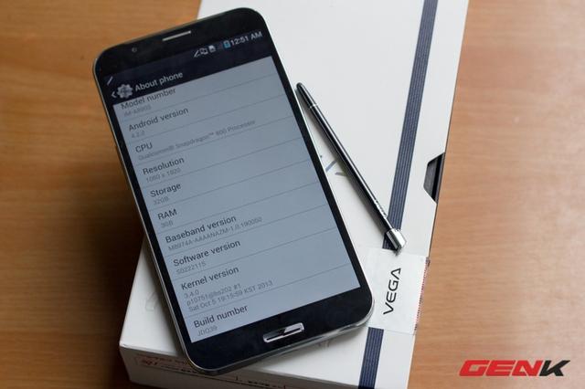 Máy chạy trên hệ điều hành Android 4.2.2