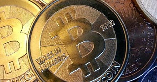 Bong bóng tiền ảo Bitcoin đã bắt đầu vỡ, giá trị tụt giảm mạnh trong ngày 18-12 - Ảnh: Internet
