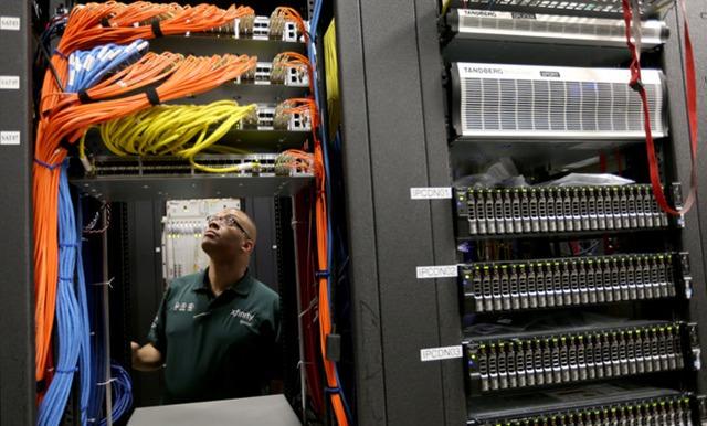 Thị trường độc quyền khiến các công ty Internet không có nhiều động lực đầu tư vào cơ sở hạ tầng