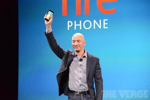 Amazon chính thức ra mắt Fire Phone với giao diện 3D thú vị