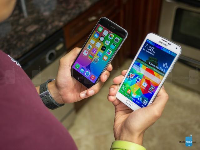 iPhone 6 và Galaxy S5: ai là tay đua đích thực?
