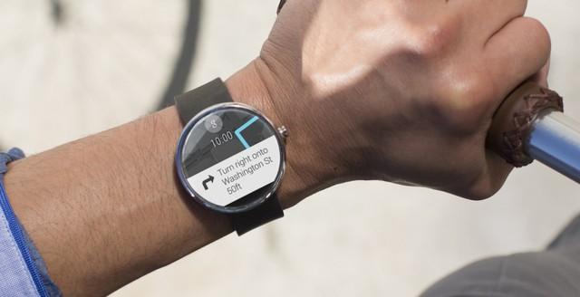 Motorola Moto 360 chính thức ra mắt, giá 250 USD