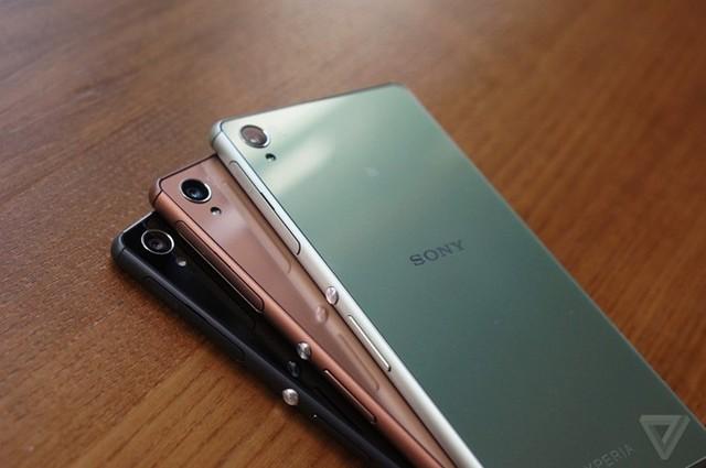 Ảnh thực tế bộ đôi Xperia Z3 và Z3 Compact vừa ra mắt
