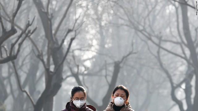 Một công viên tại Bắc Kinh, nhưng nó ngập trong sương mù