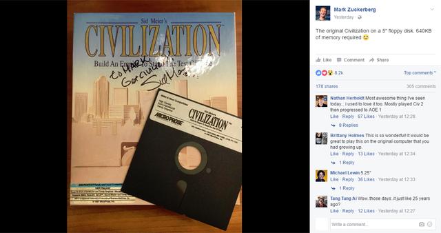 Đặc biệt hơn, bản Civilization này còn có cả chữ ký của Sid Meier.