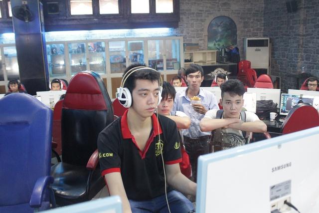 Hehe - Game thủ có đôi tay nhanh nhất làng AoE Việt Nam.