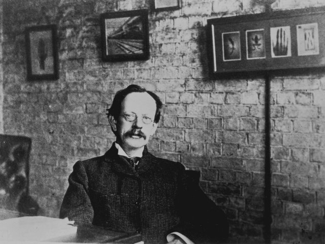 JJ Thomson (1856-1940)