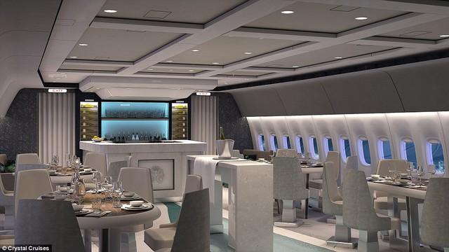 Di chuyển đến khu vực ghế ngồi, có tất cả 84 ghế bành để hành khách có thể thoải mái thư giãn.