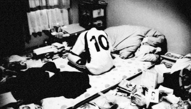 Hikikomori thường tự nhốt mình trong phòng, sợ tiếp xúc với người lạ, sợ ra ngoài