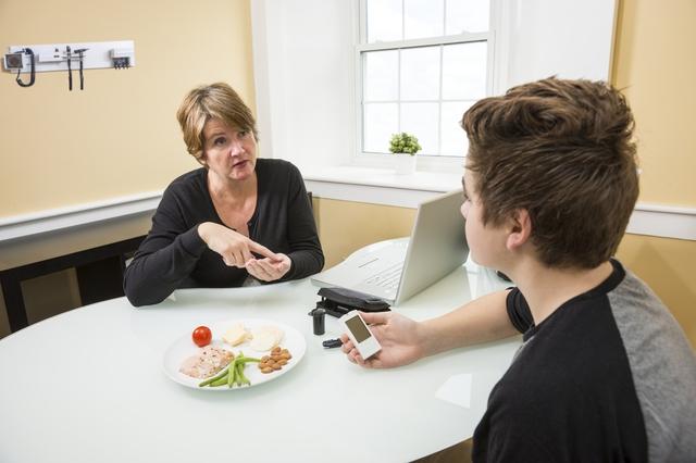 Ngày càng nhiều người trẻ mắc tiểu đường type 2, bao gồm cả thanh thiếu niên và trẻ em