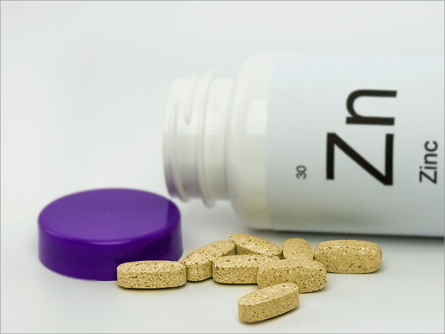 Không phải vitamin C, kẽm mới giúp bạn vượt qua cảm cúm
