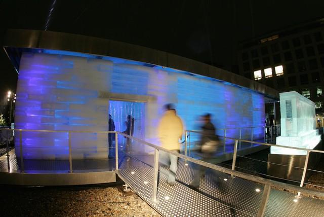 Căn nhà độc đáo bằng băng này được tạo nên ở Berlin.