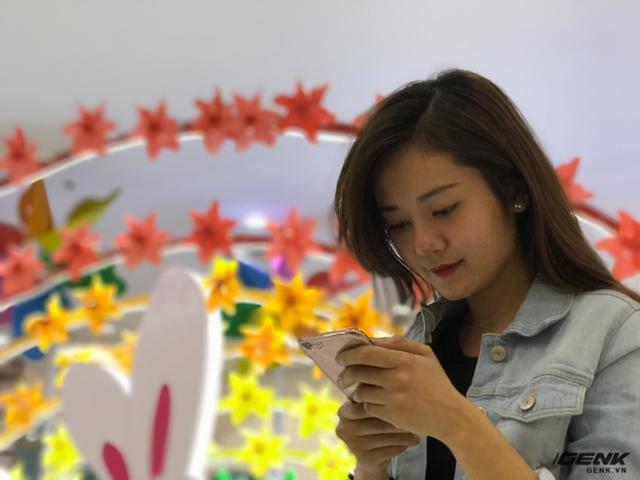 Những bức ảnh xóa phông chụp trong nhà bởi tính năng chụp chân dung của iPhone 7 Plus