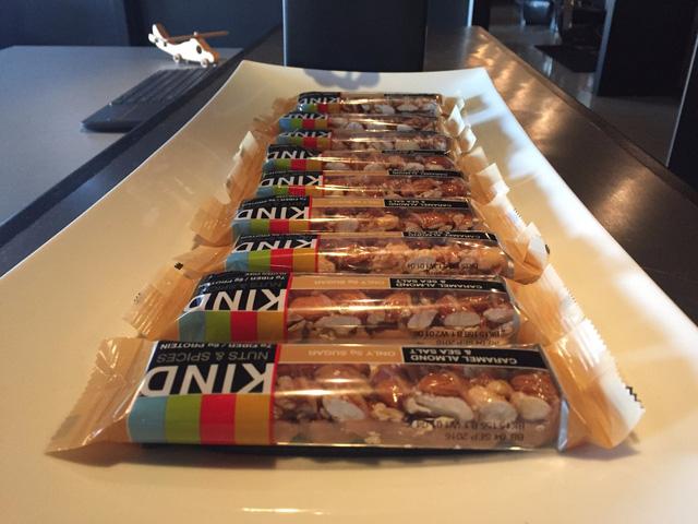 Năm ngoái, Kind đã chỉ ra cho FDA thấy sản phẩm của họ là lành mạnh, cho dù có hàm lượng chất béo vượt quá định nghĩa của FDA