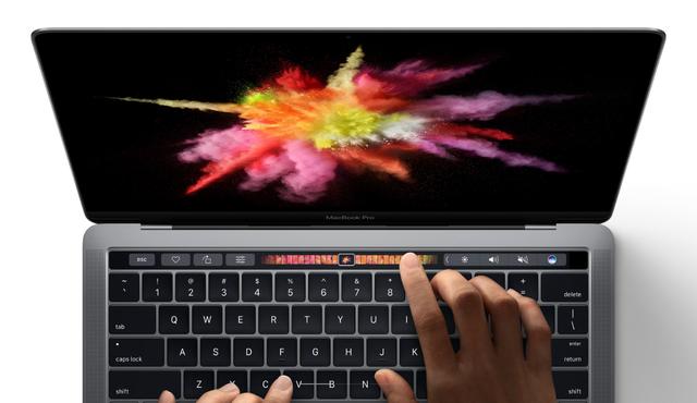 """Liệu một chiếc MacBook Pro 15-inch """"full option"""" giá 4300 USD có thể chơi game ngon lành? - Ảnh 1."""