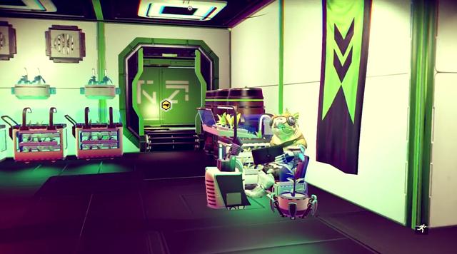 Game thủ còn có thể thuê người ngoài hành tinh làm việc trong căn cứ của mình.