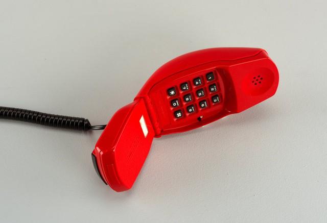 Điện thoại Grillo Cricket, thiết kế bởi Marco Zanuso.