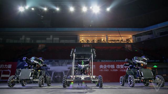Người Trung Quốc vừa tái hiện cả giải đấu Liên Minh Huyền Thoại đời thực, nhưng dành cho robot - Ảnh 1.