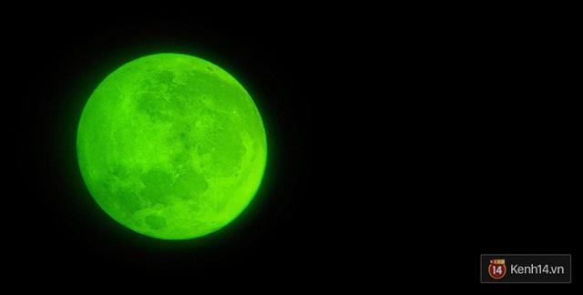 Siêu trăng bỗng nhiên đổi màu. Ảnh được chụp tại Hải Phòng của bạn Hạnh Moon.