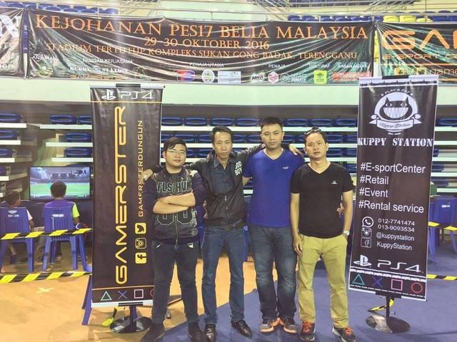 Tâm Figo (áo xanh), top 1 ranking PES League HCMC sau 2 tập đầu mùa giải.