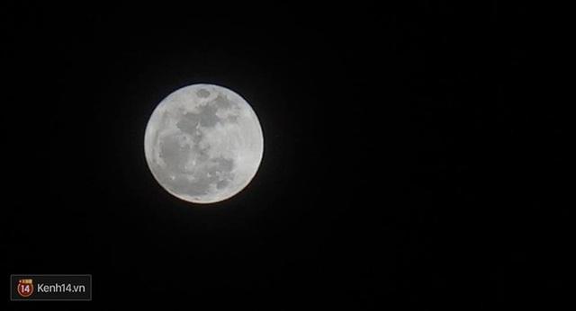 Hình ảnh siêu trăng được ghi nhận ở tỉnh Bà Rịa-Vũng Tàu. (Ảnh của độc giả Sỹ Phan)