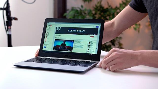 Nạn nhân tiếp theo là Asus Chromebook