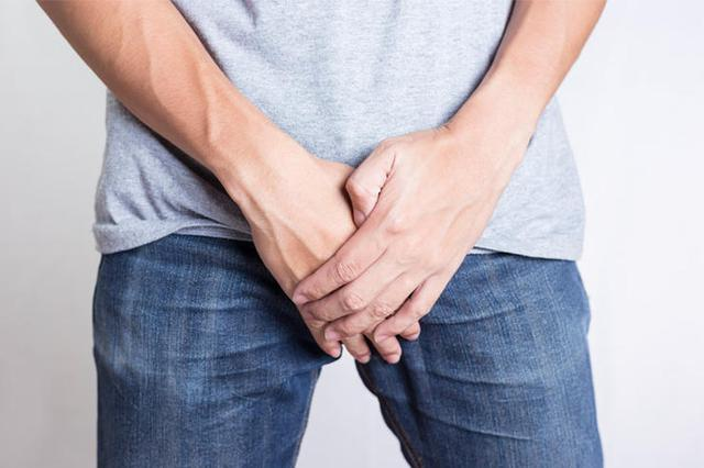 Chuyện gì sẽ xảy ra nếu nam giới không mặc quần sịp?