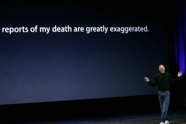 Tuy nhiên sức khỏe của Job vẫn giảm sút mạnh. Vào tháng 8/2008, Bloomberg lỡ đăng một bài cáo phó dài 2.500 chữ dành cho Jobs. Trong bài thuyết trình tháng 9/2008, Jobs đã đùa rằng những bài báo chia buồn về cái chết của tôi đã phóng đại một cách quá đà.