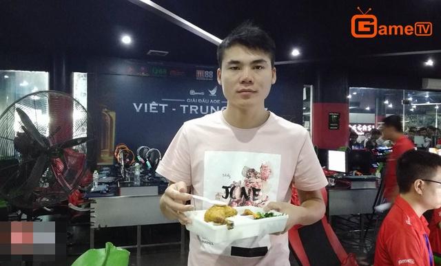 Các game thủ AoE Trung Quốc tỏ ra khá thích món ăn này.