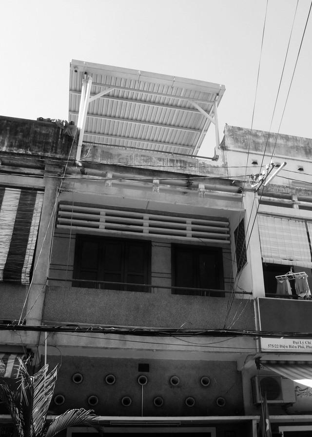 Mặt tiền ngôi nhà trước khi được cải tạo.
