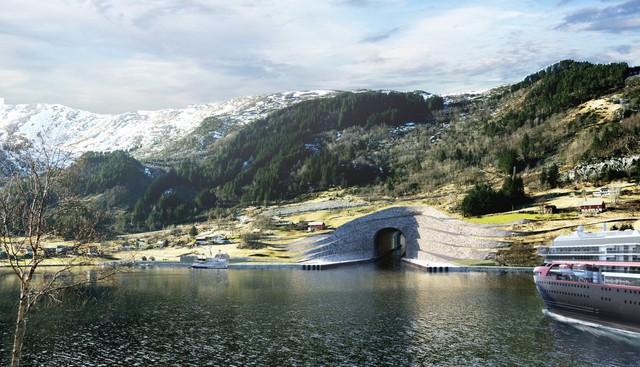 Từ phía bắc, tàu thuyền sẽ đi vào đường hầm gần thị trấn Selje. Lối vào phía nam sẽ là qua Molde.