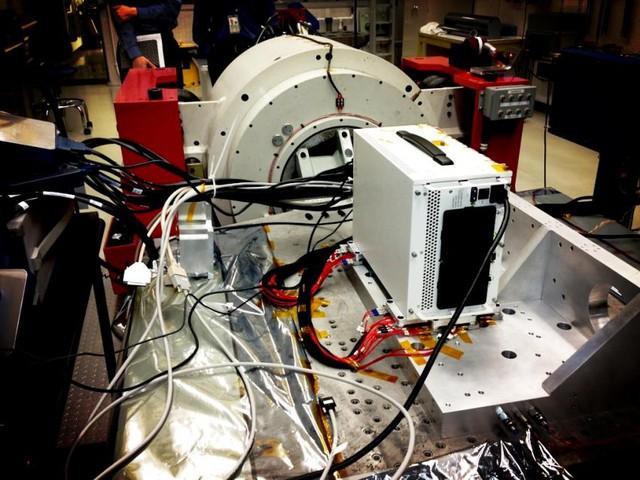 Phòng thí nghiệm nguyên tử lạnh của NASA, nơi có nhiệt độ lạnh nhất vũ trụ, gần độ 0 tuyệt đối nhất.