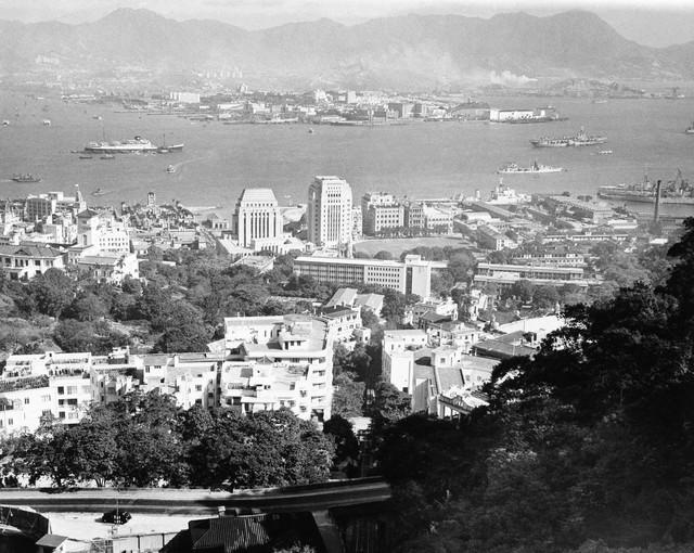 Các tòa nhà tại Hong Kong được coi là khá cao thời điểm những năm 1957.