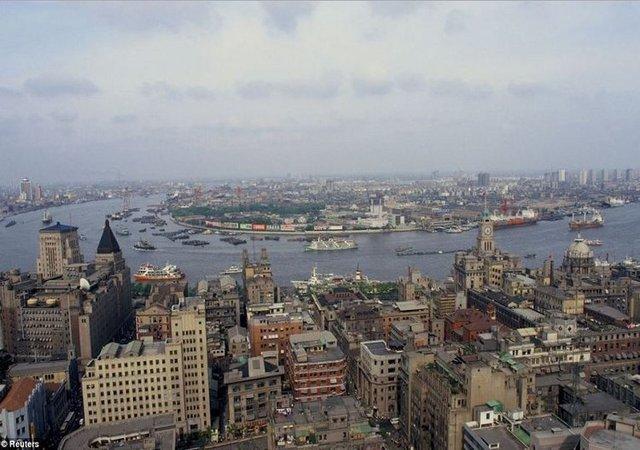 Quận phố Đông của Thượng Hải vào năm 1987 là một thành phố đẹp và nhộn nhịp.