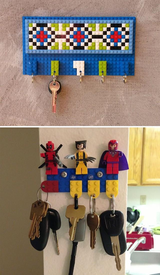 Thế này thì khó mà quên chìa khóa được, khuôn mặt giận dữ của Dealpool, Wolverine và Magneto dường như không cho phép bạn làm điều đó