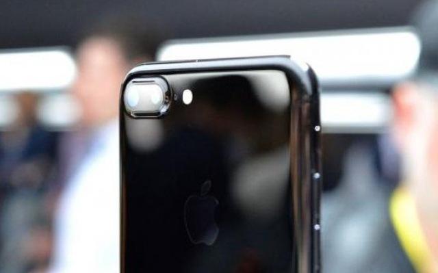 Liệu có phải thành công của Apple đến từ những chiếc iPhone 7 Plus giá cao?