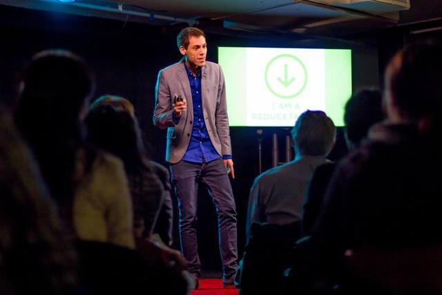 Mark Bittman thuyết trình tại TEDx về xu hướng ăn ít thịt để bảo vệ sức khỏe