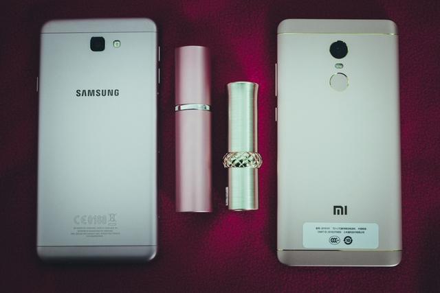 Mặc dù vậy, khi so sánh với một số sản phẩm khác trong tầm giá như Samsung Galaxy J7 Prime hay Oppo F1s, những ưu điểm về cấu hình, thời lượng pin và mức giá của Redmi Note 4X vẫn có thể khiến một lượng người dùng cảm thấy lung lay và sẵn sàng từ bỏ các thương hiệu danh tiếng để đến với một thương hiệu ít tên tuổi hơn như Xiaomi.