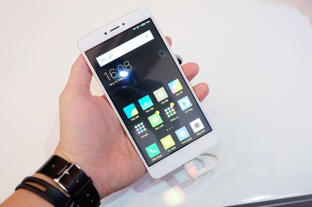 Redmi Note 4 bản màu bạc.