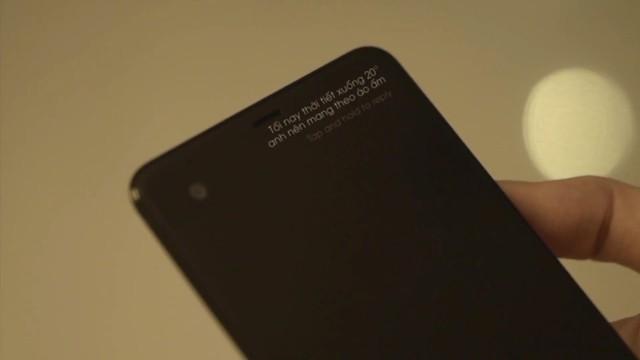 Người yêu mà vô tâm thì để làm gì, có khi còn thua cả cái điện thoại