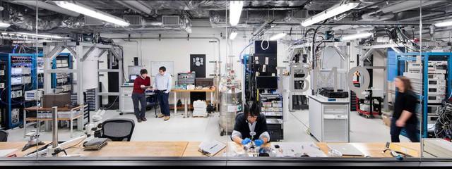 Phòng thí nghiệm máy tính lượng tử IBM.