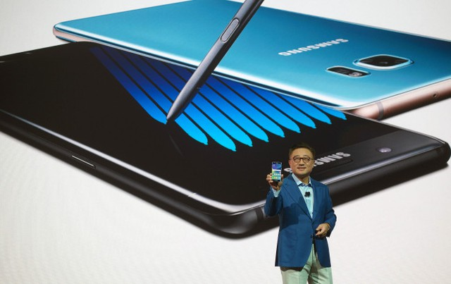 Giám đốc mảng Mobile, ông DJ Koh chia sẽ những biện pháp an toàn của Samsung trong tương lai.
