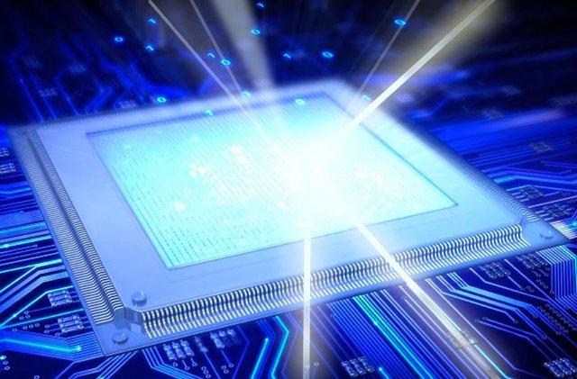 Chip quang tử sẽ phá vỡ định luật Moore, số bóng bán dẫn không cần tăng thêm, kích thước không cần thu nhỏ, nhưng tốc độ và hiệu năng có thể vượt xa 15 năm công nghệ.