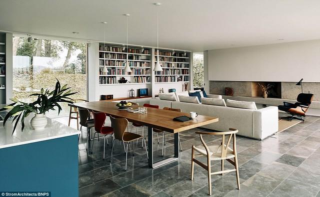 Phòng khách với không gian mở vô cùng thoáng đãng và dễ chịu